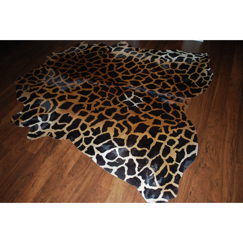 Stencil Giraffe Cowhide Rug Light For Sale