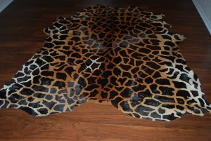 Cowhide stencil Giraffe Light