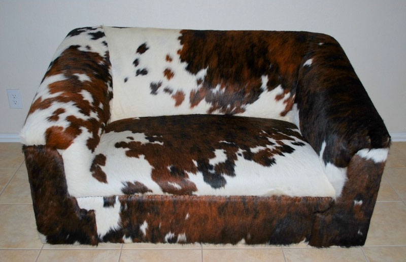 3 Ways Cowhide Furniture Can Complement Any Room