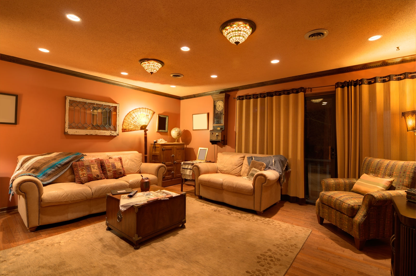 7 Top Family Room Lighting Ideas Cowhide Rug Tips